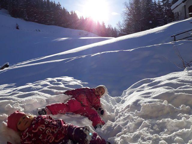 wandlehenhof-winter-schnee-kinder